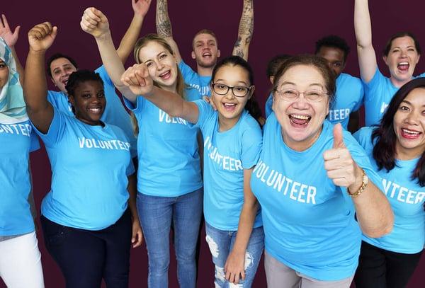 volunteer-thumbs-up-web